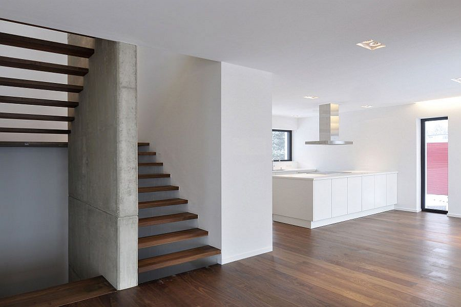 159 Podesttreppe mit Holztritten archi